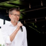 Bundestagskandidat und Kreisvorsitzender Burkhard Blienert eröffnet die Wahlkonferenz